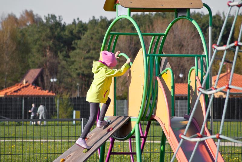 Ogrodzenie placu zabaw – w trosce o bezpieczeństwo najmłodszych - ogrodzenia-europlot.pl