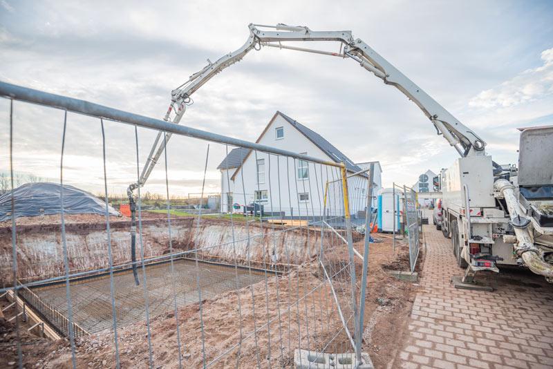 Jak ogrodzić budowę domu jednorodzinnego? - ogrodzenia-europlot.pl