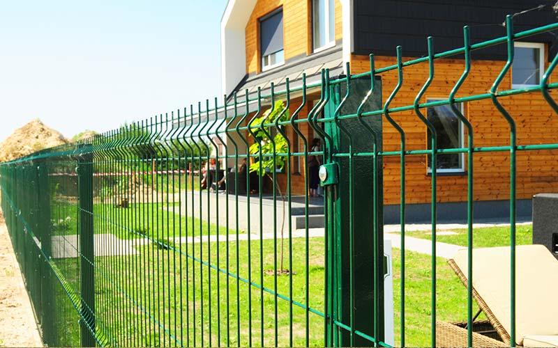 Jakie ogrodzenie frontowe wybrać do nowoczesnego domu? - ogrodzenia-europlot.pl